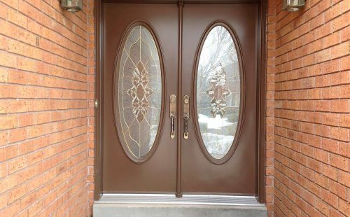 double door with rounded glass