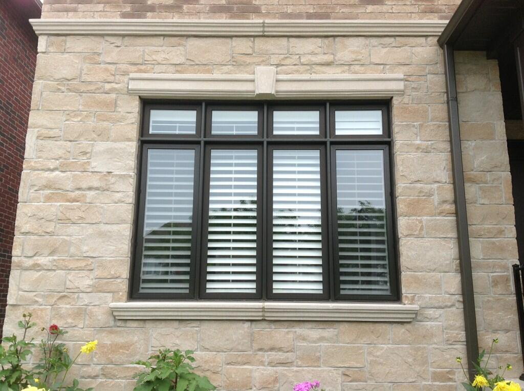 Modern 8 panel window - window replacement brampton